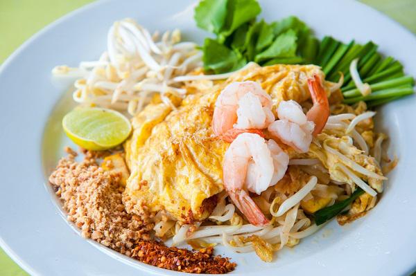 ผัดไทยแสนสุข