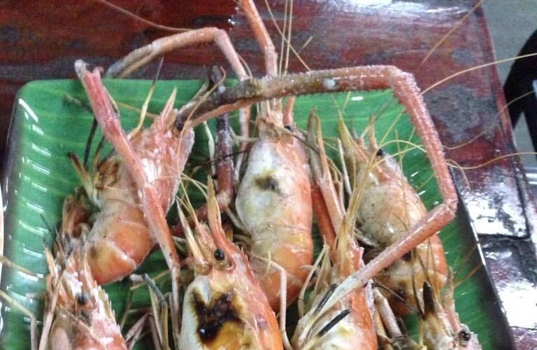 สวนอาหารวังปลาตอง บ่อตกกุ้ง สระแก้ว